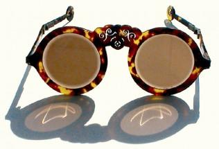 Alte Schläfenbrille aus China